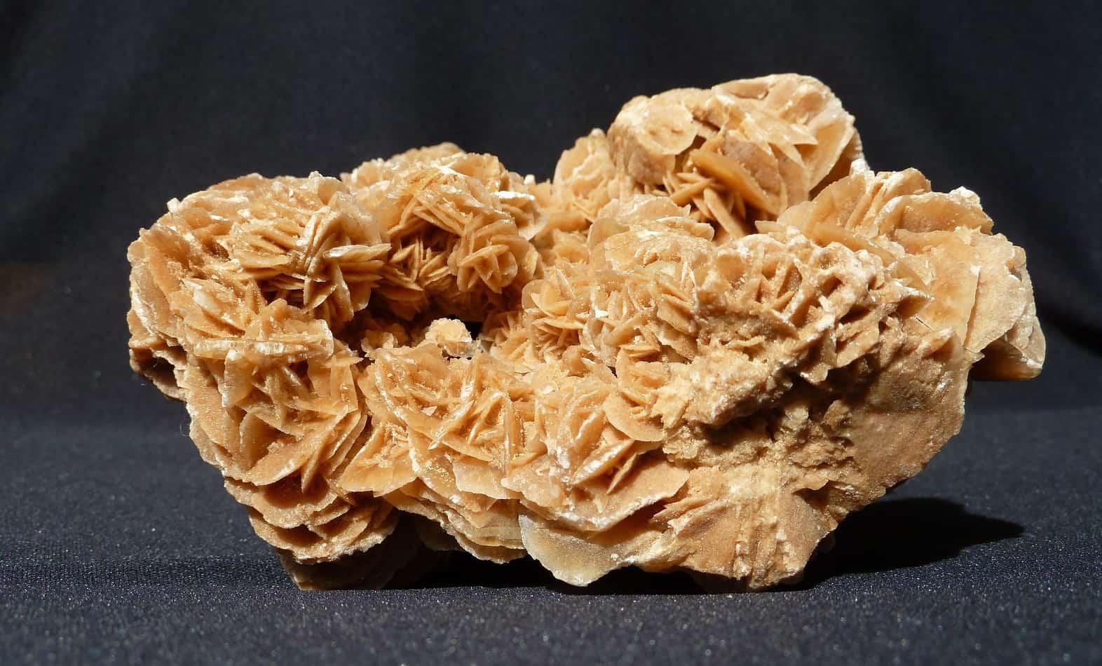 woestijnroos kopen edelstenen blog d website over edelstenen en mineralen. Black Bedroom Furniture Sets. Home Design Ideas